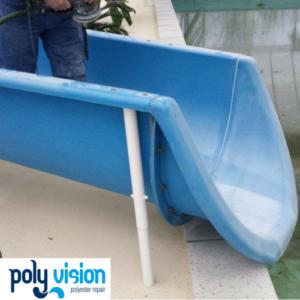 Coaten polyester waterglijbaan i.v.m. slijtage glijvlak, waterglijbaan renovatie/onderhoud/reparatie, polyester reparatie