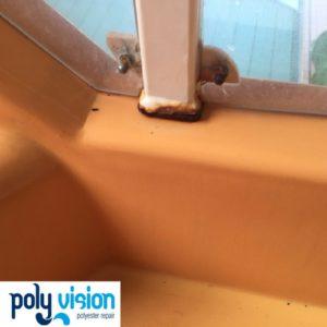 Onderhoud en reparatie polyester waterglijbaan - Optisport zwembad De Schilp Rijswijk Zuid-Holland, polyester reparatie, renovatie, onderhoud, polyester herstel, coating