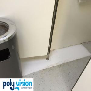 polyester reparatie / coating vloer sanitairgebouw, polyester reparatie, polyester renovatie, polyester herstel, polyester onderhoud